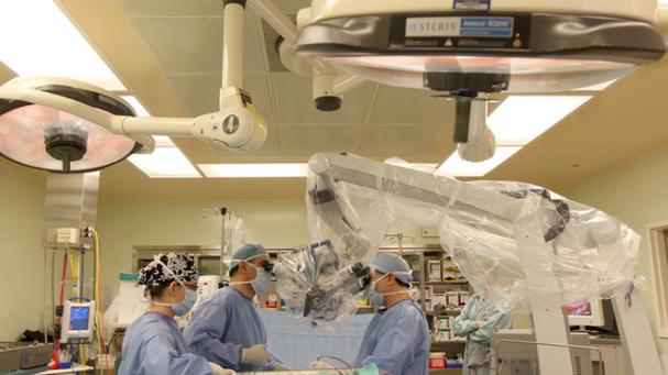 La fondation de la faculté de médecine dit  il ramène des médecins au Nouveau-Brunswick