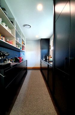 SR KITCHEN PANTRY