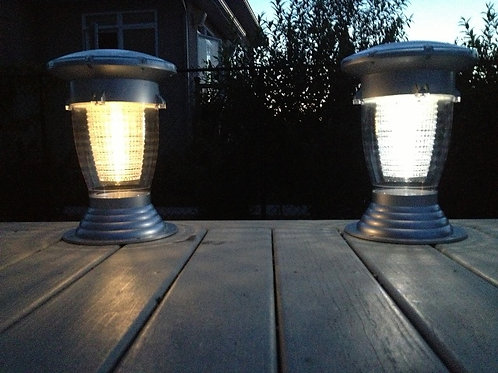 SOLAR LANTERN: WARM WHITE LANTERN ON THE LEFT – COOL WHITE LANTERN ON THE RIGHT