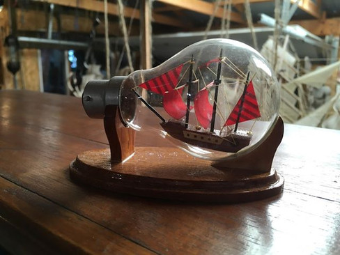 Ship in a light bulb