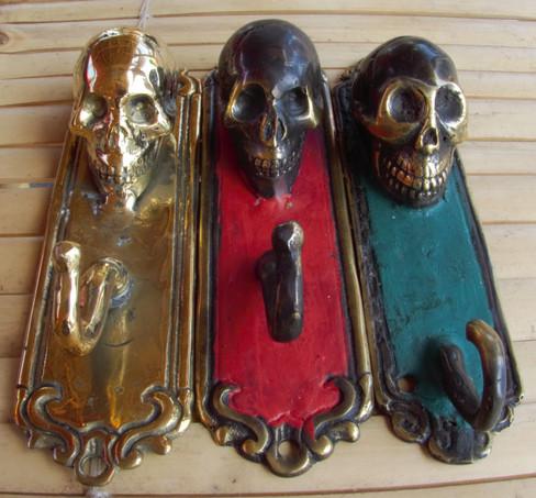 Bronze skull hooks