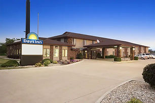 days inn oglesby.webp