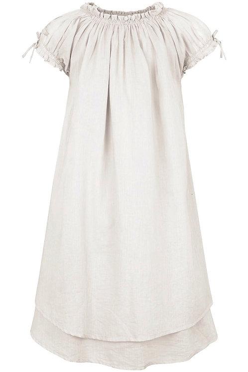 3832B - Dress w.smock - Off-white