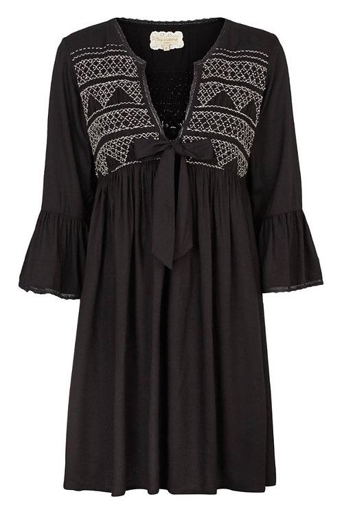 2916L - Dress w.smock - Black