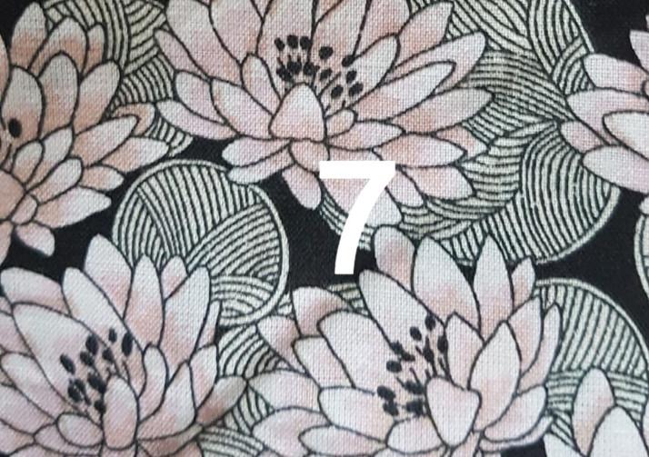 7. Tissu fleur lotus