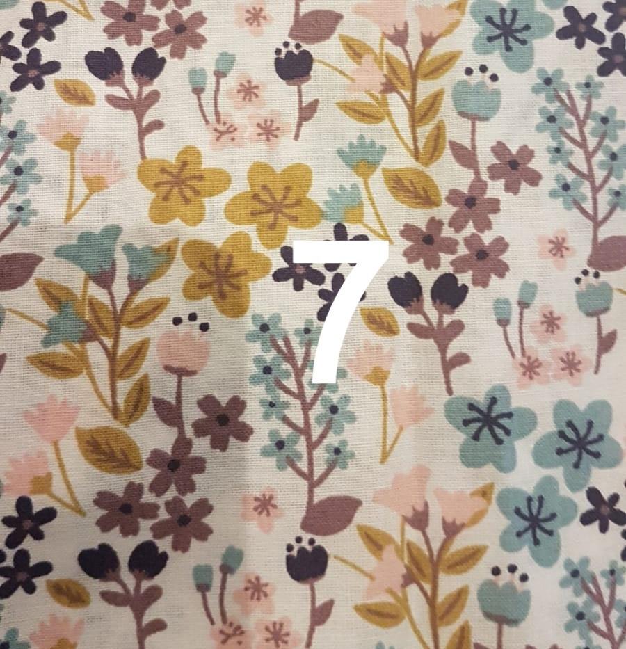 Tissu fleuri 7