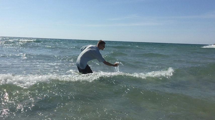 Catching Waves - Still 6m03s.jpg
