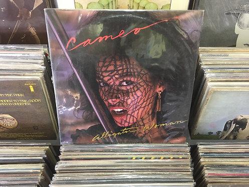 LP Cameo - Alligator Woman