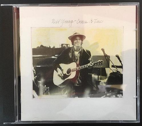 CD Neil Young - Comes A Time - Importado