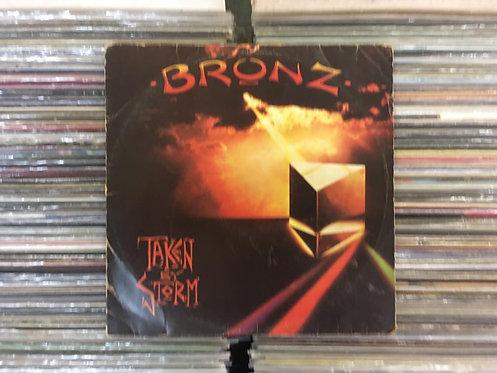LP Bronz - Taken By Storm