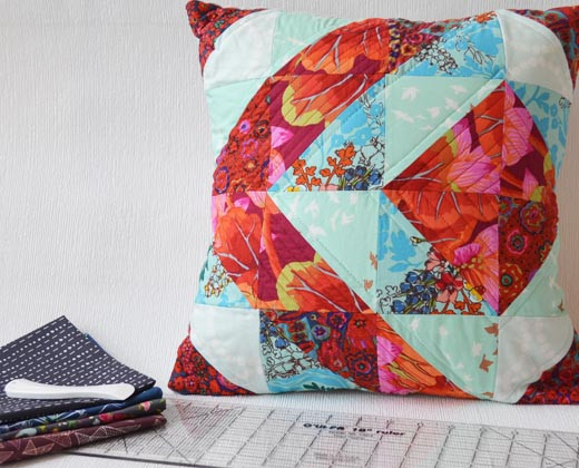 Quilted Pillow cover sewing class with Hartford Stitch