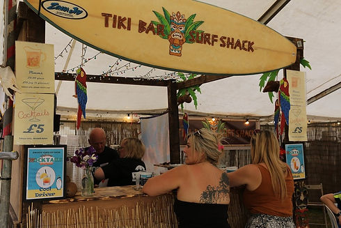 Tiki%20Bar%20Surf%20Shack%20%20Minety%20Music%20Festival%202019_edited.jpg