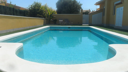 BUNGALOW TO RENT WITH POOL