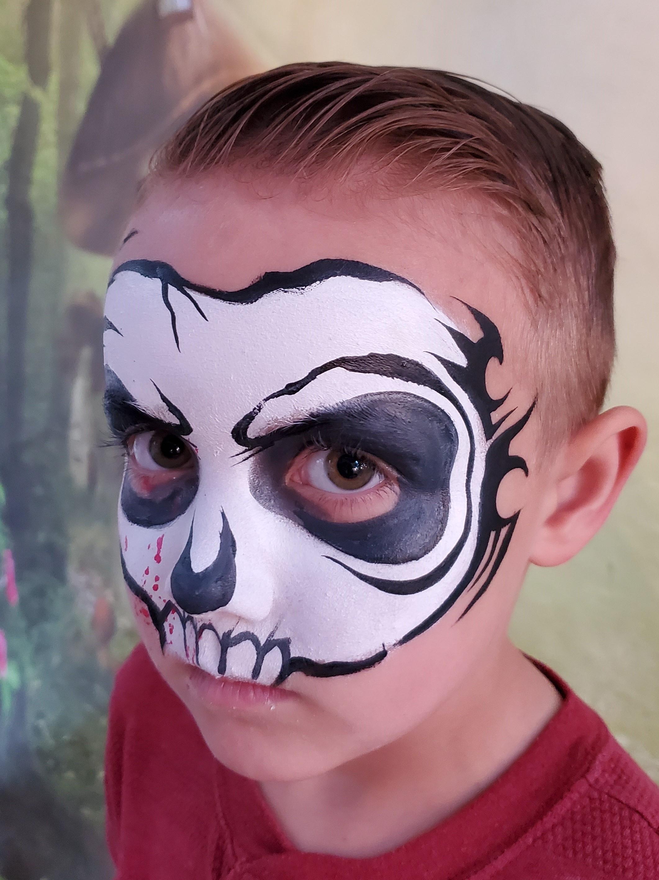 Parties_Galore_Skull_face_paint