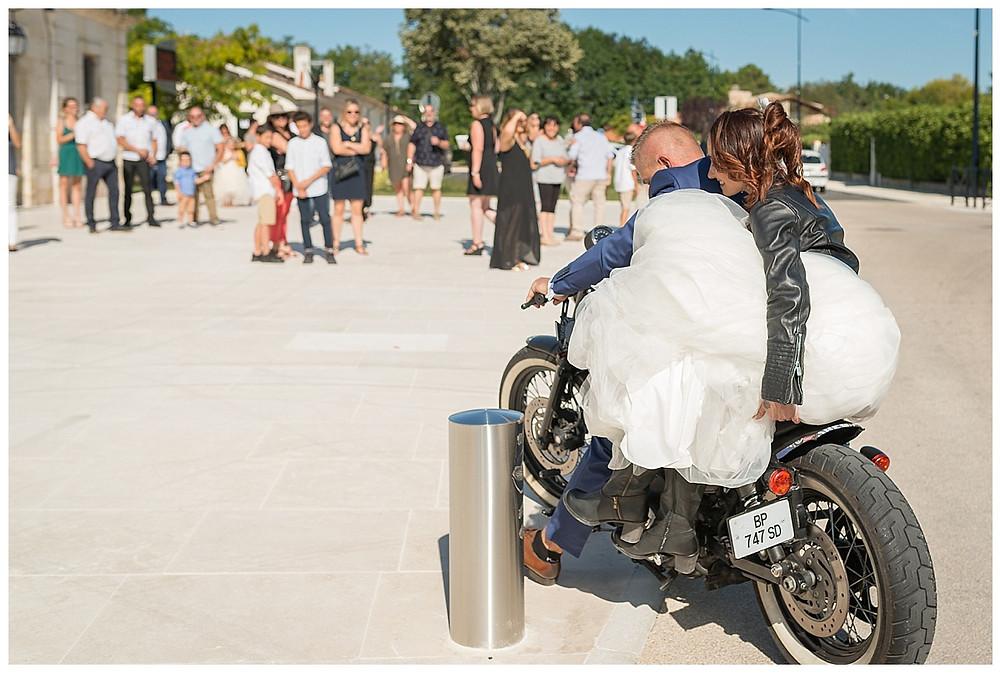 moto mariés