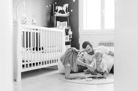 Une séance photo en famille à la maison, petite Calie & ses parents...