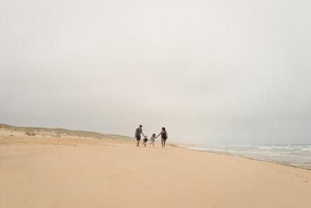 Promenade en famille côté océan