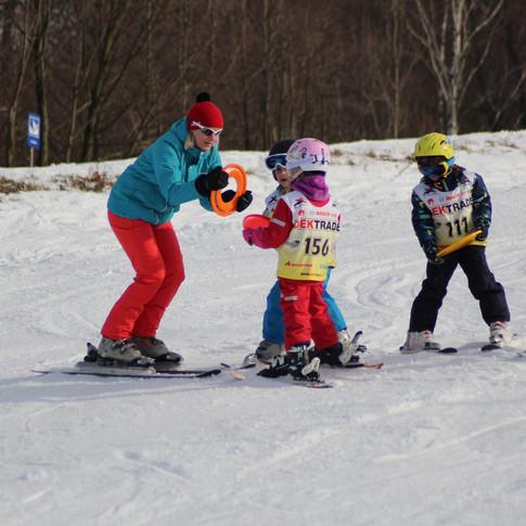 Lyžařské kurzy pro děti.