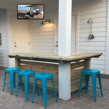 Surf Song Outdoor Bar + TV.JPG