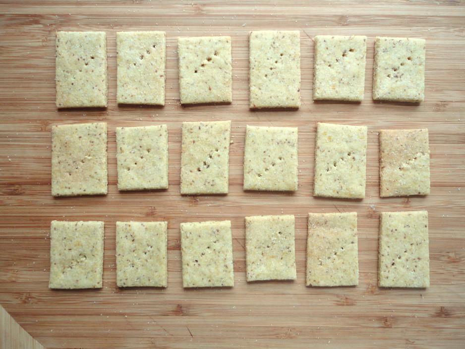 Gluten-Free Almond Flour Crackers
