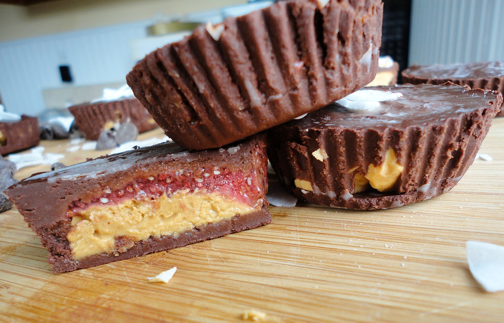 Healthy Dark Chocolate Peanut Butter Cups