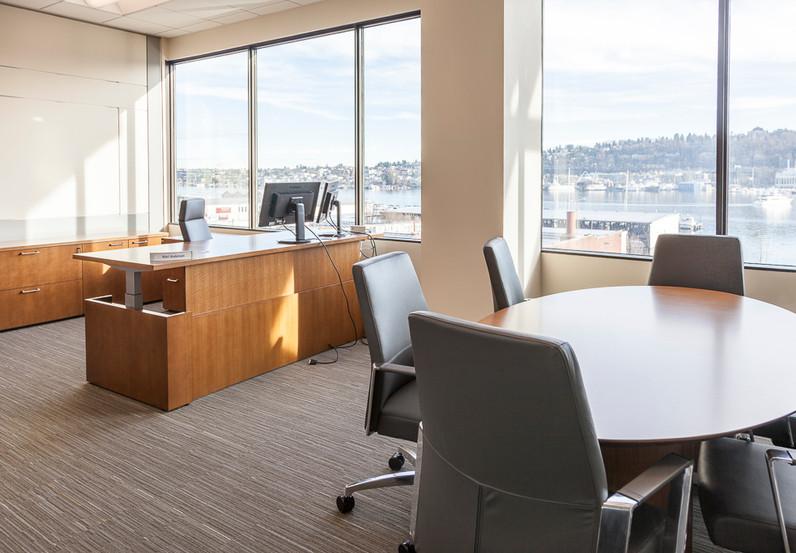 1 fl office empty.jpg