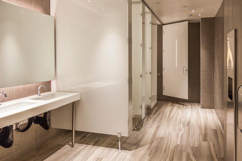 1 fl restroom 1.jpg