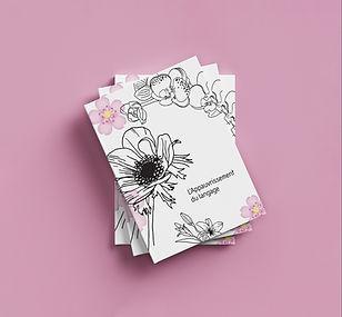 livre rose empilé 2.jpg