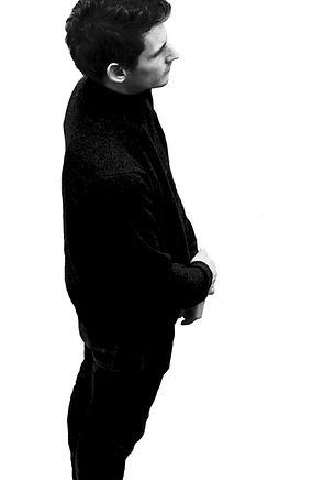 Jayrane Fotouhi- valentin silhouette.jpg