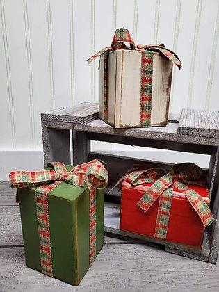 Presents (set of 3)