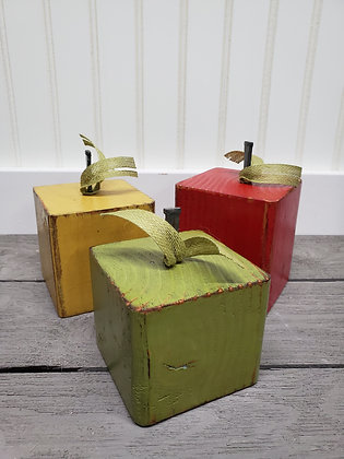 Apples (set of 3)