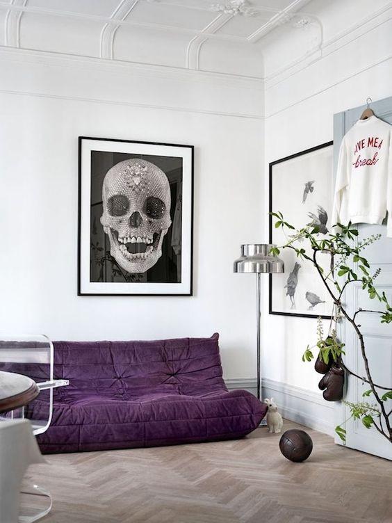 дизайн интерьера комнаты в фиолетовом цвете