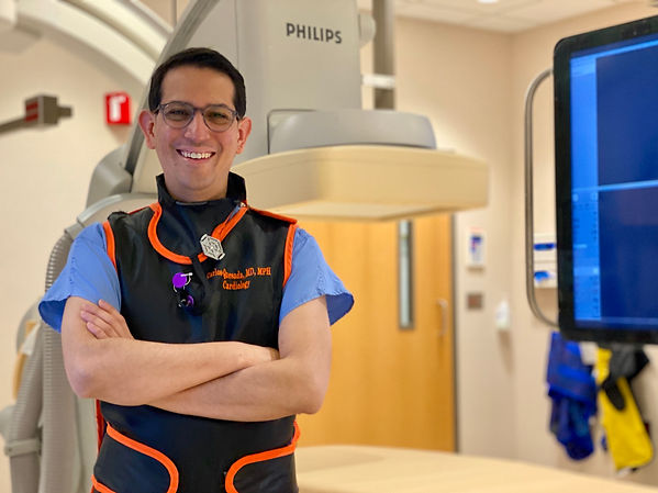 cath lab, catheterization lab, catheterization laboratory, doctor, cardiologist, interventinal cardiologist, stent, structural cardiologist, structural cardiology, Philips c arm, lead, apron