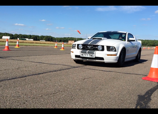 GT Chauffeurs Mustang helps to raise money for Cancer