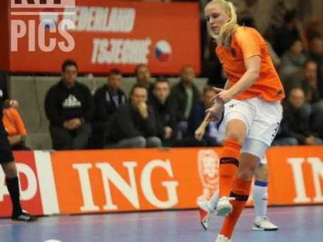 Amber Bandringa in Oranje !