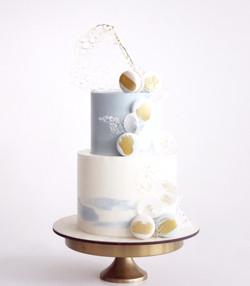 свадебный торт с макаронс