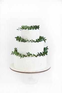 свадебный торт с зеленью