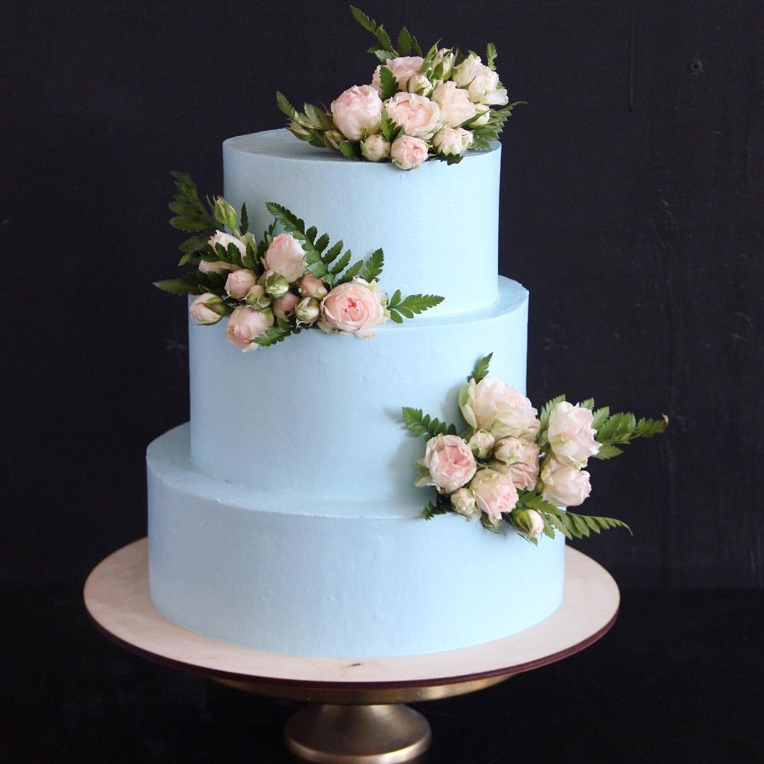 трехярусный торт кудрово
