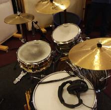 Clean Sneak Sonor in the studio