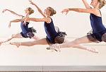 Cours de danse classique sur pointe au studio vdanse au pradet