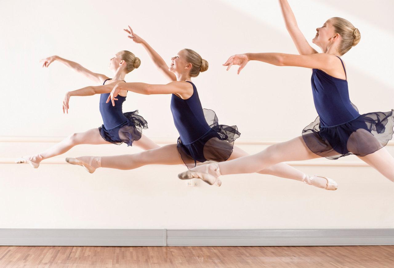 小学生の為のバレエトレーニング+バレエ基礎
