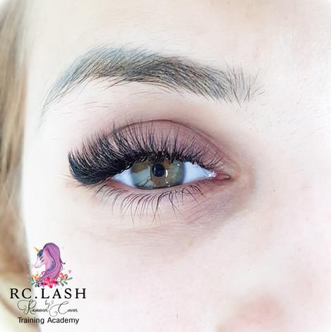 Russian Volume Eyelash Extensions London