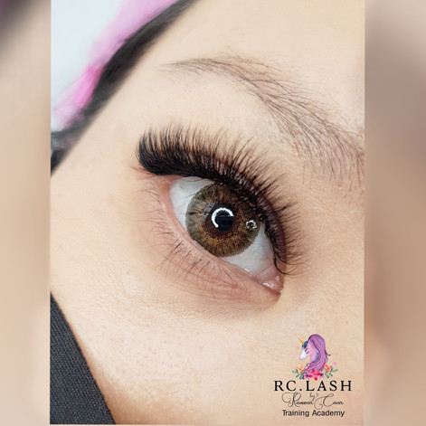 Natural Russian Volume Eyelash extensions London| RC.LASH Training Academy| Lashes & Brows London