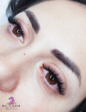 Full Russian Volume 3-5D Eyelash Extensions City of London