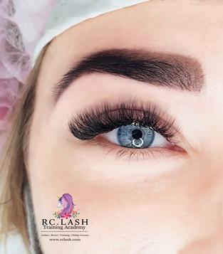 Mega Volume Eyelash Extensions & Brow Design London   RC.LASH Training Academy