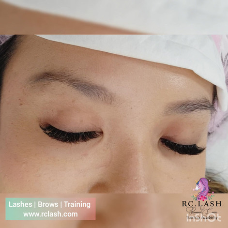 Natural Russian Volume Eyelash Extensions| RC.LASH Training Academy| Lashes & Brows City of London