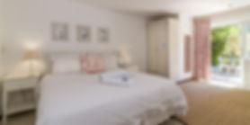 Malgas bedroom1_edited.jpg