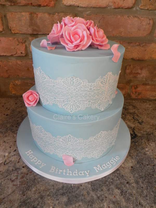 Vintage rose and Lace Cake