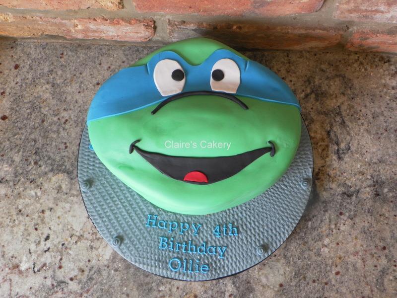 TMNT Leonardo head cake