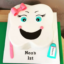 First tooth cake
